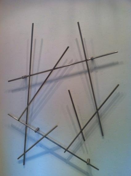 Wandgarderobe Edelstahl design edelstahl wandgarderobe edelstahlfiguren
